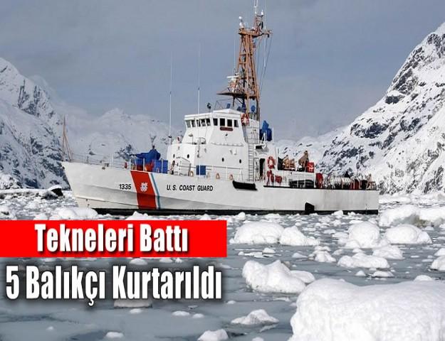 Tekneleri Battı, 5 Balıkçı Kurtarıldı