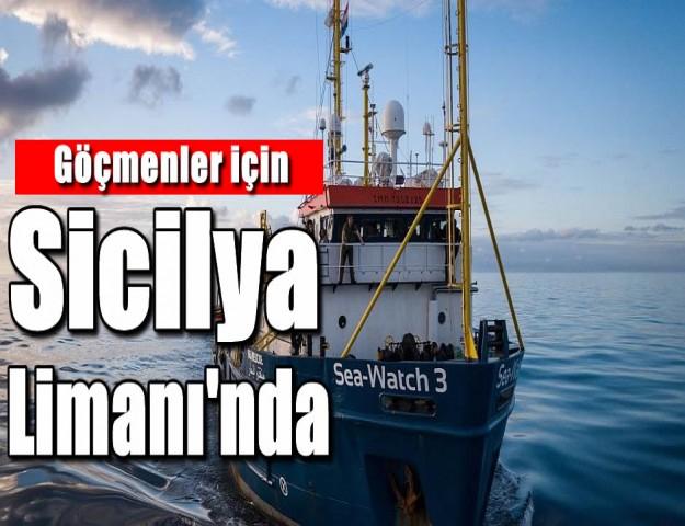 Göçmenler için Sicilya Limanı'nda