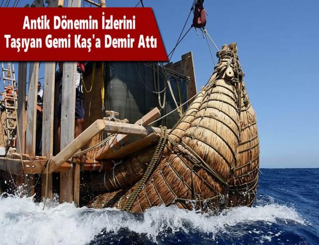 Antik Dönemin İzlerini Taşıyan Gemi Kaş'a Demir Attı