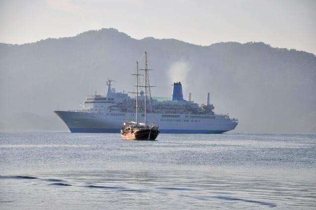 Dev Gemi Bin 500 Turist Getirdi