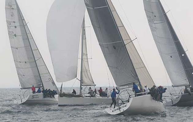 'Farr 40-MAT 1010 Benzer Tekneler İstanbul Kupası' Tamamlandı