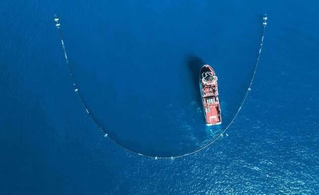Pasifik Okyanusu'nun Çöp Temizleme Sistemi Hazır